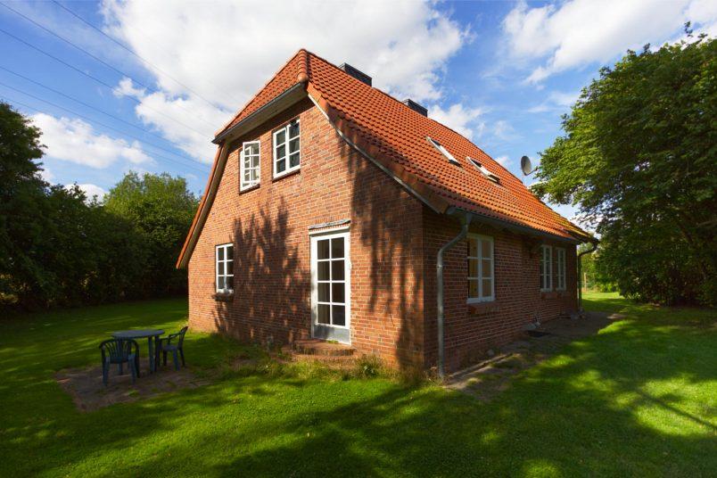 Ferienhaus mit 6 Schlafzimmern ( bis max. 16 Betten)